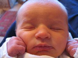 newborn-baby-girl-three-3-days-old-face-closeup-1-dhd