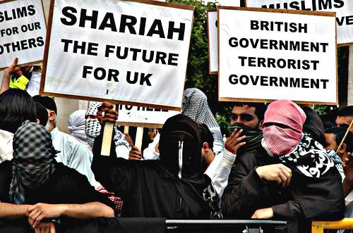 150607_marcvallee_islamists_fascists_sharia_law_blog