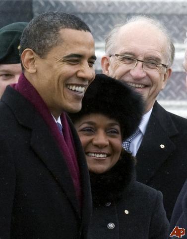 barack-obama-michaelle-jean-jean-daniel-lafond-2009-2-19-12-4-43