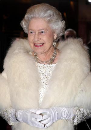 queenelizabeth2_narrowweb__300x430,0