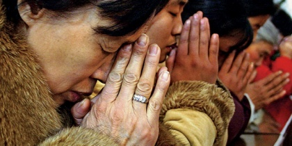 chinese-christians-praying1