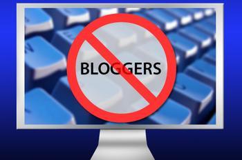 polls_no_bloggers1217795177_4932_677974_answer_5_xlarge