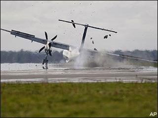 070912_crash_landing
