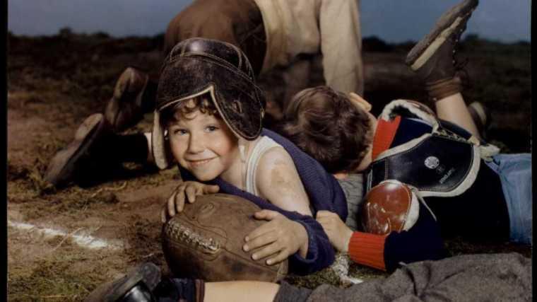 cream_of_wheat_boys_playing_football